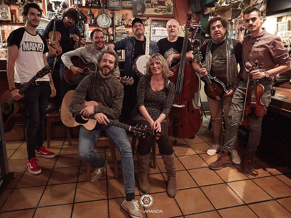 The Bluegrass Lions en Vinos Chueca